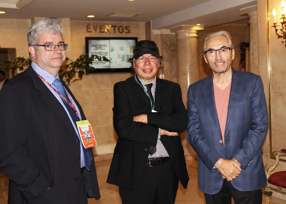 L to R – Brian Walmark, Geordi Kakepetum, former National Chief, Phil Fontaine. At the 2014 World Indigenous Business Forum, Guatemala City. Geordi has been invited to be a keynote speaker at the 2015 Forum in Hawaii.